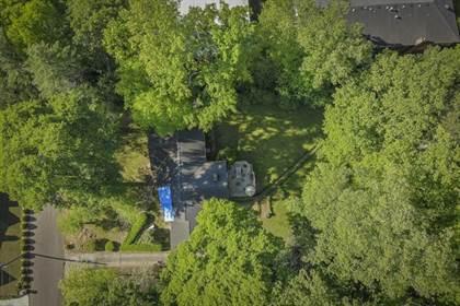 Residential for sale in 4524 Mystic Drive, Atlanta, GA, 30342