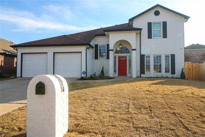 Residential for sale in 10517 Maria Drive, Fort Worth, TX, 76108