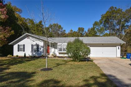 Residential for sale in 1525 Country Woods Dr, Robertsville, MO, 63072