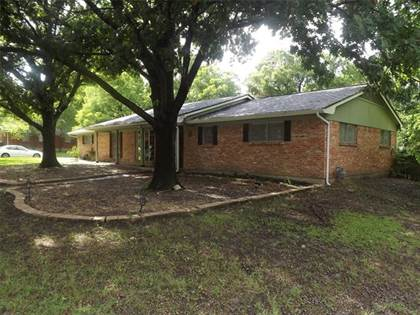 Residential Property for sale in 401 Glen Oaks Road, Bonham, TX, 75418