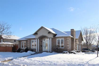 Residential Property for sale in 76 Comba Dr, Carleton Place, Ontario, K7C 4W2