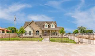 Residential Property for sale in 204 Jeff Jones Drive, Clint, TX, 79836