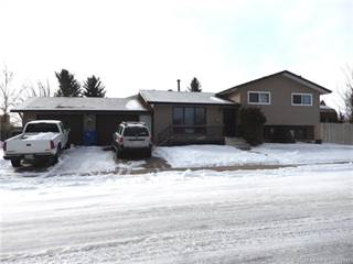 Residential Property for sale in 11 Oxford Road W, Lethbridge, Alberta, T1K 4V5
