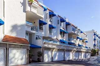 Condo for sale in 8332 Regents Rd #D , San Diego, CA, 92122