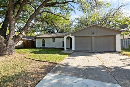 Residential for sale in 1304 Darlene Lane, Arlington, TX, 76010