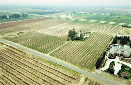 Farm And Agriculture for sale in 7761 S Cherry Avenue, Fresno, CA, 93725