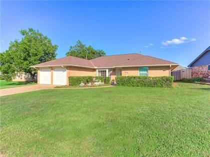 Residential for sale in 6716 Stonycreek Drive, Oklahoma City, OK, 73132