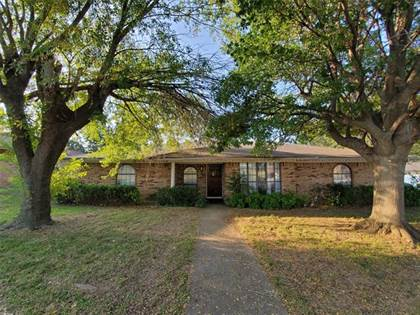 Residential Property for sale in 2106 Overbrook Drive, Arlington, TX, 76014