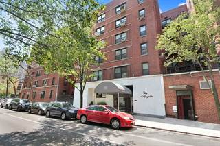 Co-op for sale in 30 East 9th Street, Manhattan, NY, 10003