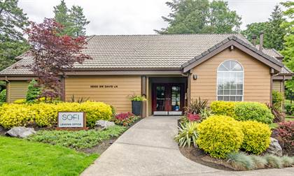 Apartment for rent in 15000 Davis Ln, Lake Oswego, OR, 97035