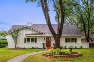 Single Family for sale in 9444 Springwater Drive, Dallas, TX, 75228