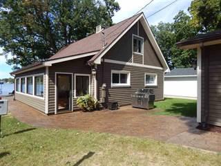 Single Family for sale in 1800 Lane 150 Hamilton Lake, Hamilton, IN, 46742