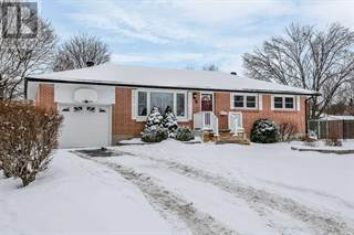 Single Family for sale in 6 JONATHAN  CRT, Barrie, Ontario