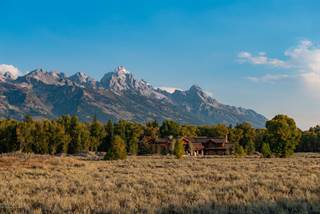 Single Family for sale in 260 REED DR, Jackson, WY, 83001