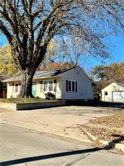 Single Family for sale in 507 E North Street, Warrensburg, MO, 64093