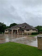 Comm/Ind for sale in 122 Grapevine Highway, Hurst, TX, 76054