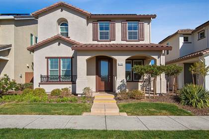 Residential for sale in 1721 N Breezy Meadow Drive, Sacramento, CA, 95834