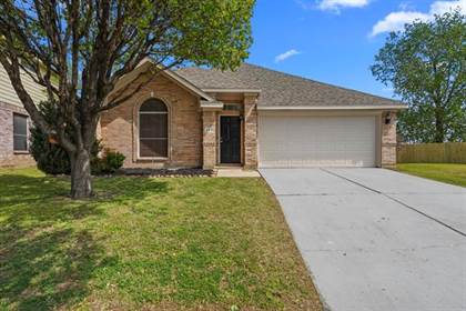 Residential Property for sale in 200 Elk Run Drive, Fort Worth, TX, 76140
