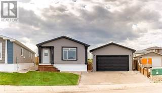 Single Family for sale in 141 BEARDSLEY Crescent, Fort McMurray, Alberta, T9H2S1