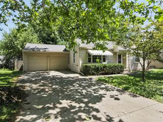 Single Family for sale in 8 Woodruff Drive, Bloomington, IL, 61701