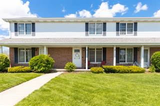 Townhouse for sale in 113 Colonial Parkway B, Yorkville, IL, 60560