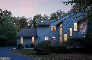 Single Family for sale in 10855 PATOWMACK DRIVE, Great Falls, VA, 22066