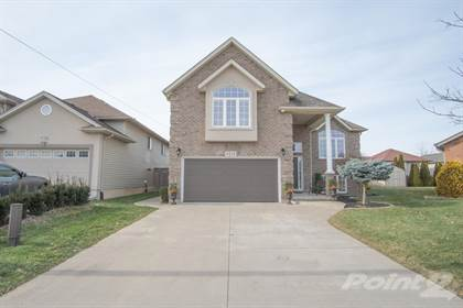 Residential Property for sale in 8216 Barrett Cres, Niagara Falls, Ontario, L2G 3L8