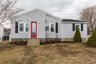 Residential Property for sale in 752 Strawberry Field Road, Warwick, RI, 02886