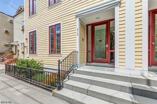 Townhouse for sale in 212 4TH ST, Jersey City, NJ, 07302