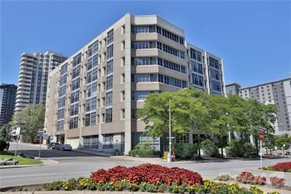 Condominium for sale in 66 Bay Street S 107, Hamilton, Ontario, L8P 4Z6