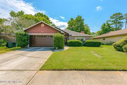 Residential Property for sale in 8757 GOODBYS TRACE DR, Jacksonville, FL, 32217