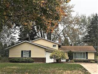 Single Family for sale in 26815 Leenders Ln, North Olmsted, OH, 44070