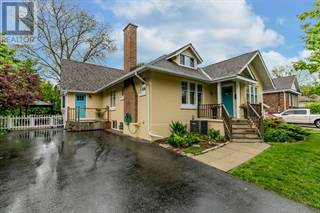 Single Family for sale in 124 CLAPPERTON Street, Barrie, Ontario