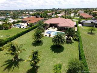 Single Family for sale in 20120 SW 133rd Ave, Miami, FL, 33177