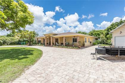 Residential Property for sale in 5130 SW 99th Ave, Miami, FL, 33165