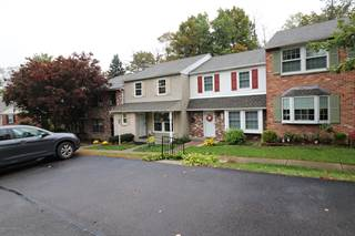 Townhouse for sale in 104 TOWNHOUSE PLACE, Moscow, PA, 18444