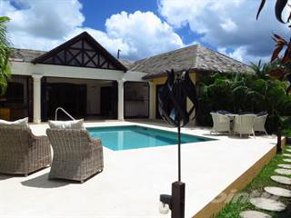Residential Property for sale in 31, Dairy Meadows, St James, Sandy Lane, St. James