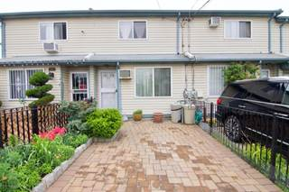 Townhouse for rent in 317 Mosel Avenue, Staten Island, NY, 10304