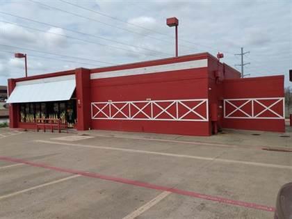 Commercial for sale in 490 SW Grapevine Boulevard NE, Hurst, TX, 76054