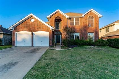 Residential for sale in 205 E Embercrest Drive, Arlington, TX, 76018