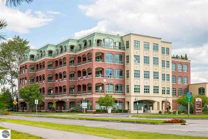 Residential Property for sale in 333 W GRANDVIEW PARKWAY, Traverse City, MI, 49684