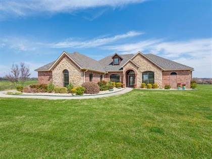 Residential for sale in 4512 Ladigo Lane, Fort Worth, TX, 76126