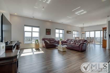 Residential Property for sale in 8265 Rue de Londres 603, Brossard, Quebec, J4Y0P8