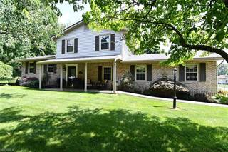 Single Family for sale in 3890 Apache St Northwest, Greater Hartville, OH, 44685