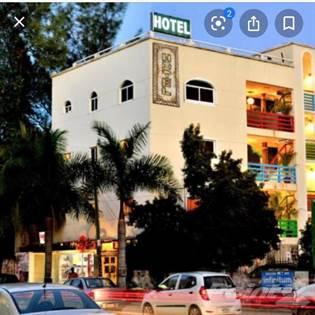 Commercial for sale in BUILDING FOR SALE 10 AVENUE, PLAYA DEL CARMEN, DOWNTOWN, Playa del Carmen, Quintana Roo