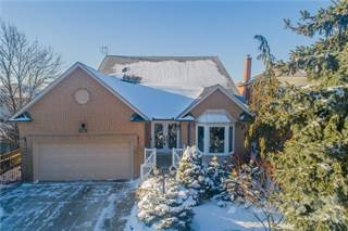 Residential Property for sale in 157 Highland Road W, Hamilton, Ontario, L8J 2S6