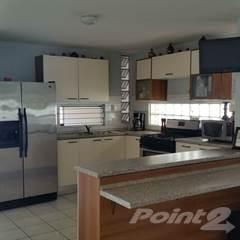 Residential Property for sale in Calle Brasil, Toa Alta, PR, 00953