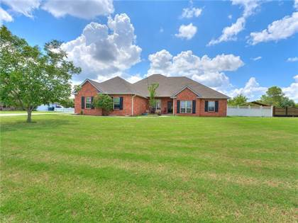 Residential for sale in 4028 SE 86th Place, Oklahoma City, OK, 73135