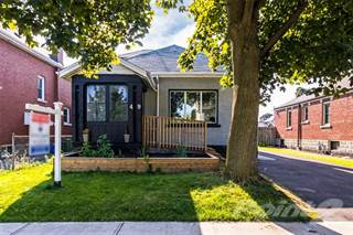 Residential Property for sale in 49 Wexford Avenue S, Hamilton, Ontario, L8K 2N5