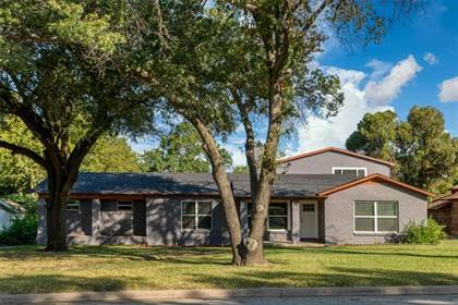 Residential Property for sale in 2221 Timberline Drive, Fort Worth, TX, 76119